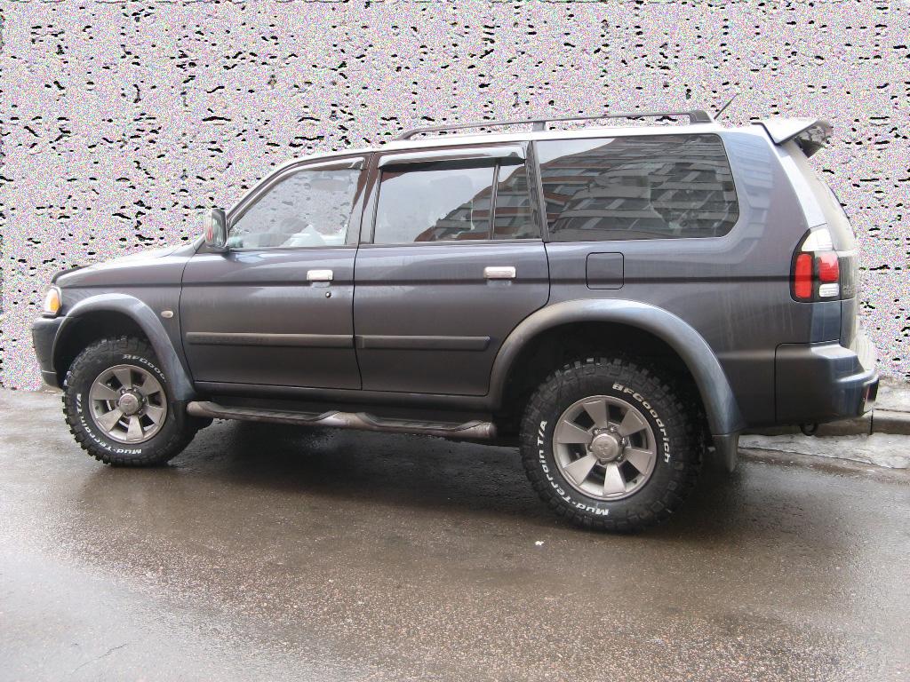 Pajero Sport 2008 г. (дорестайловая версия). Бензин, 3 литра (6G72)